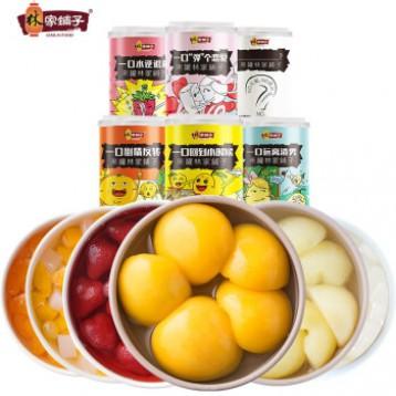29.9元包邮!林家铺子 混合口味水果罐头425g*6罐/箱 (黄桃 山楂 椰果 什锦 草莓 雪梨随机发)