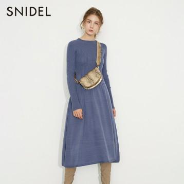 秋冬新品,SNIDEL 纯色罗纹针织连衣裙 SWNO195055