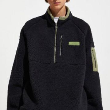 Fila 斐乐 Cozy Sherpa Half-Zip 黑色羊羔毛夹克 额外7折价:168.99元