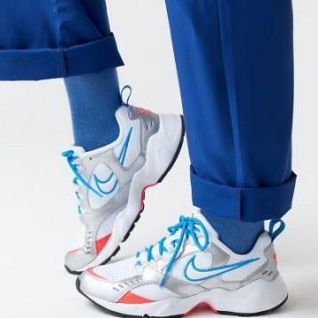 Nike Air Heights Sneaker 额外7折价:281.69元
