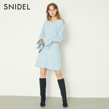 Snidel 喇叭袖V领针织连衣裙 SWNO184046