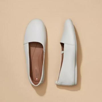 Clarks 其乐 Un Coral 女士简约平底单鞋小白鞋