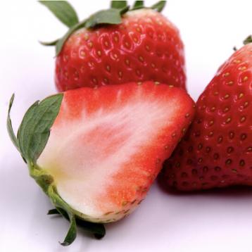 99元京东自营!丹东 红颜奶油草莓 约重1kg/30-40颗