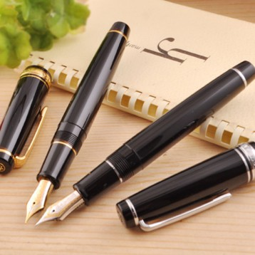 SAILOR 寫樂 PROFESSIONALGEAR 大型平頂21K金尖 雙色金尖墨水筆 亞馬遜海外購 ?