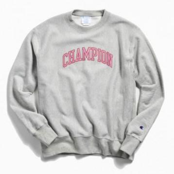 Champion UO限定 Collegiate Script 圆领卫衣 特价$49.99(¥409.92)