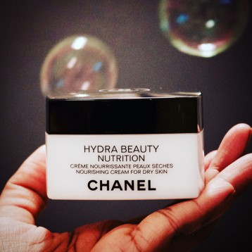 Chanel 香奈儿 HYDRA BEAUTY  山茶花保湿滋养乳霜 50g 亚马逊海外购