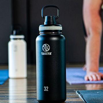 120.41元美国直邮!Takeya 真空不锈钢 保冷保温运动水瓶520ml (黑色)