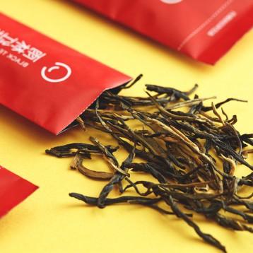 体验价9.90元包邮!悦茶 LATTEA 原叶茶小袋装三口味组合体验装(雨林红茶/福鼎白茶/陈皮普洱)