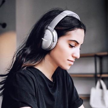 1499元包邮!Bose QuietComfort35 二代 无线头戴式降噪耳机(12期免息分期)