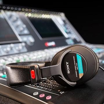 工作室監聽級耳機:Sony 索尼 MDR7506