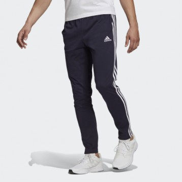 自然开放式裤口:阿迪达斯 M 3S SJ TO PT 春季运动裤