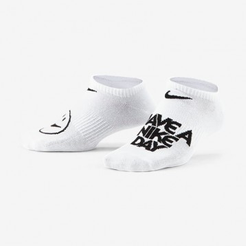 Nike 耐克【3双】Lightweight No-Show 大童运动童袜(22-26码,两款配色组)